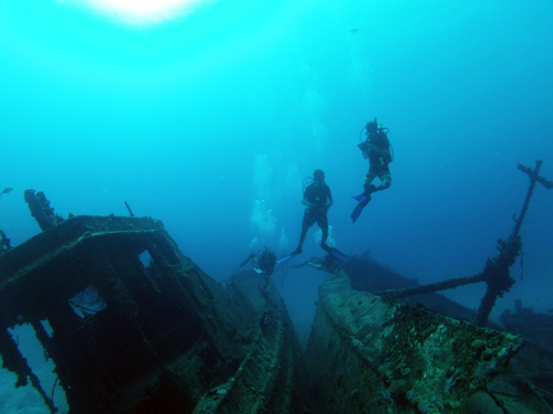 Wreck Dive - The Mariel and Pat